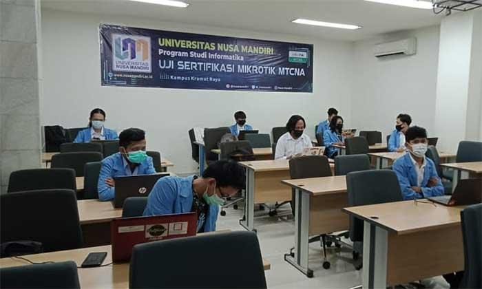 Universitas Nusa Mandiri