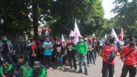 Unjuk rasa buruh di Kantor Disnaker Kabupaten Bogor