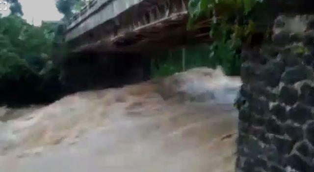 banjir bandang Sungai Cikuluwung