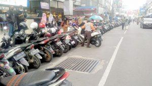 Parkir Jalan A Yani