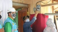 Desa Karyamukti Dapat Menikmati Listrik