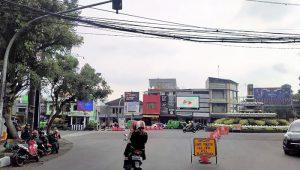 traffic light di Bundaran Adipura