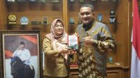 Sekretariat DPRD Kabupaten Bogor menerbitkan e-book Pedoman Pembentukan Perda Inisiatif (Emanberani).